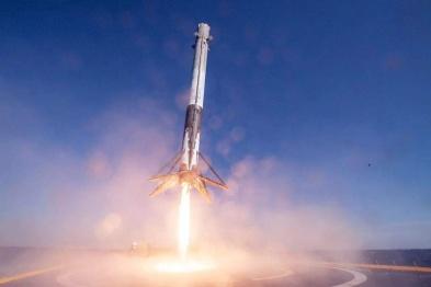 一箭64星!SpaceX首枚复用火箭第三飞再破纪录