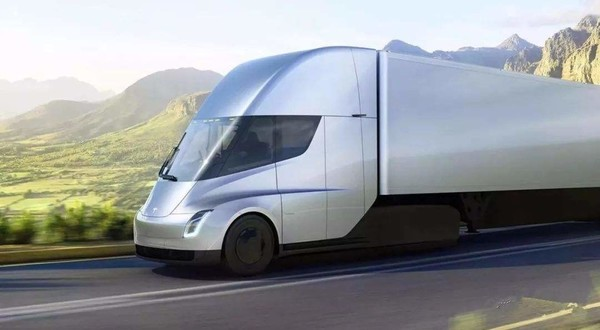 特斯拉Semi电动卡车即将投产,正进行最后的调试