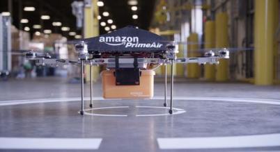 亚马逊新专利:用无人机为抛锚电动汽车充电