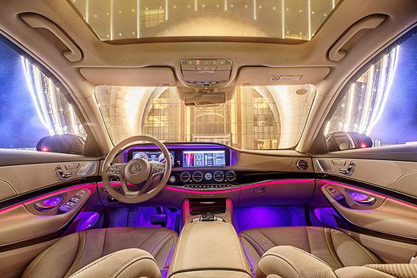 新一代梅赛德斯-奔驰S级轿车-12.jpg