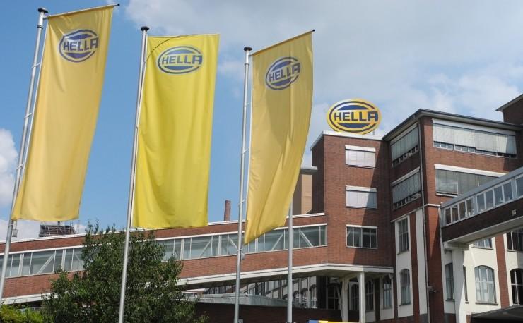 佛吉亚收购海拉 欧洲老牌汽车供应商洗牌