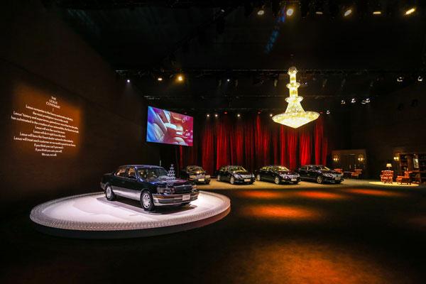 历代雷克萨斯LS车型齐聚上市发布会现场