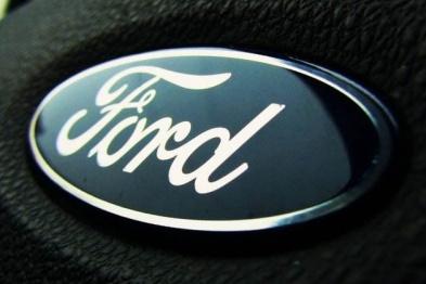 福特汽车将在全球召回逾95万辆汽车以更换安全气囊