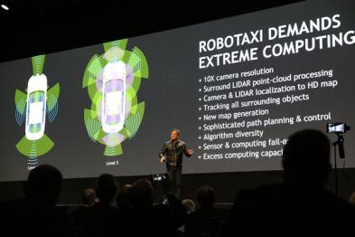 英伟达发布首个L5级自动驾驶计算平台,明年在限定区域开放测试