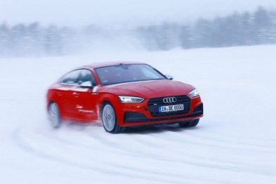 芬兰3天的冰上漂移,我拿到了WRC冠军车手的冰雪驾驶秘籍