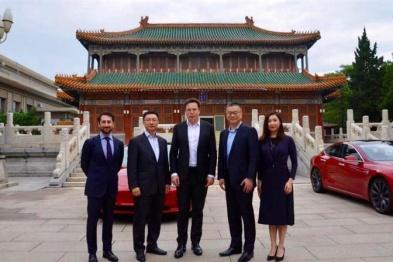马斯克称中国工厂成本约20亿美金,产能每年25万辆