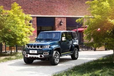 聪明的买车人丨一周新车快评:新BJ40、新XT6、T99S、新UR-V
