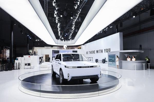 智能电动旗舰SUV博郡iV7亮相2019上海国际车展