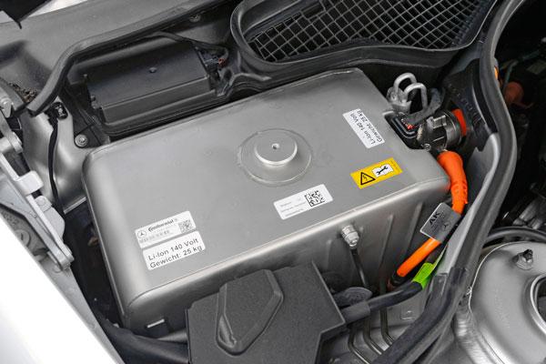 奔驰S400的高压电池包