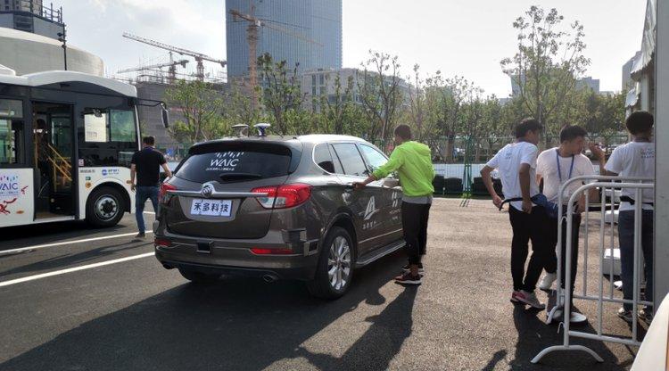 禾多科技改装的自动驾驶SUV