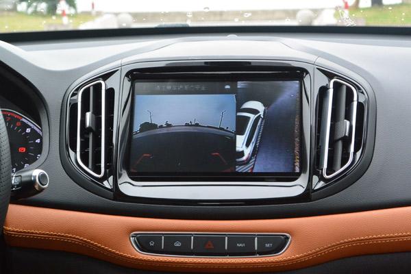 奇瑞瑞虎7车型的360全景影像功能