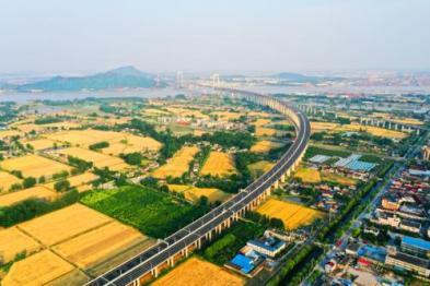 江苏建成国内首条未来高速,支持无人驾驶