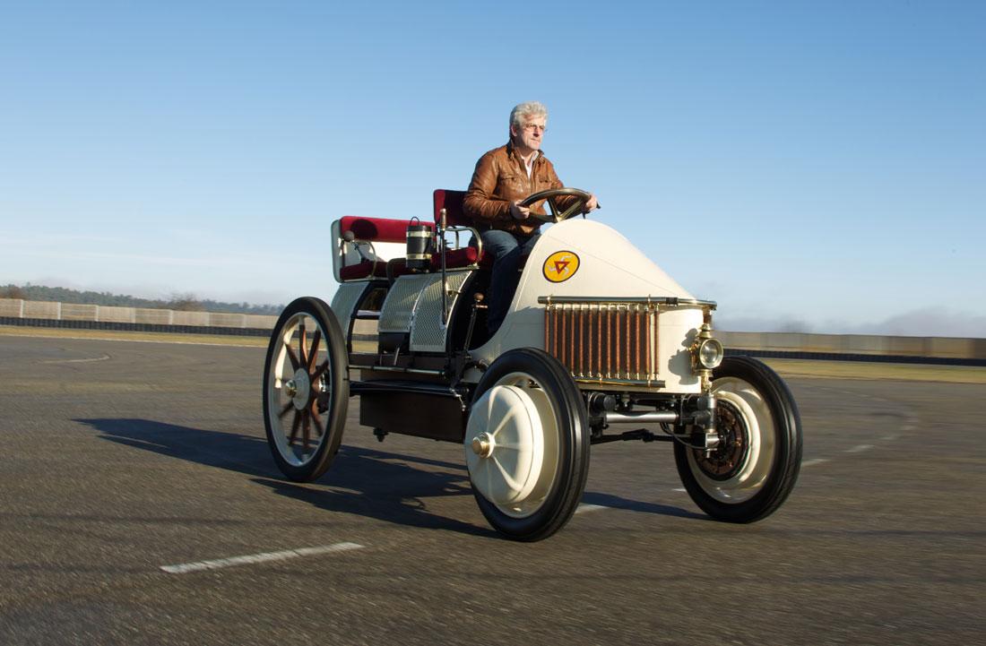 保时捷在早年打造的一款电动车