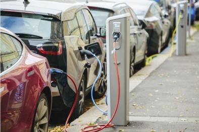 斯坦福大学开发新涂层,让锂金属电池更安全耐用
