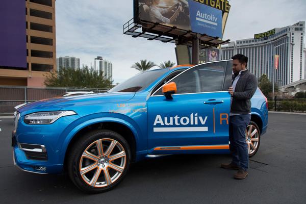 奥托立夫Autoliv在CES展示的学习型智慧汽车