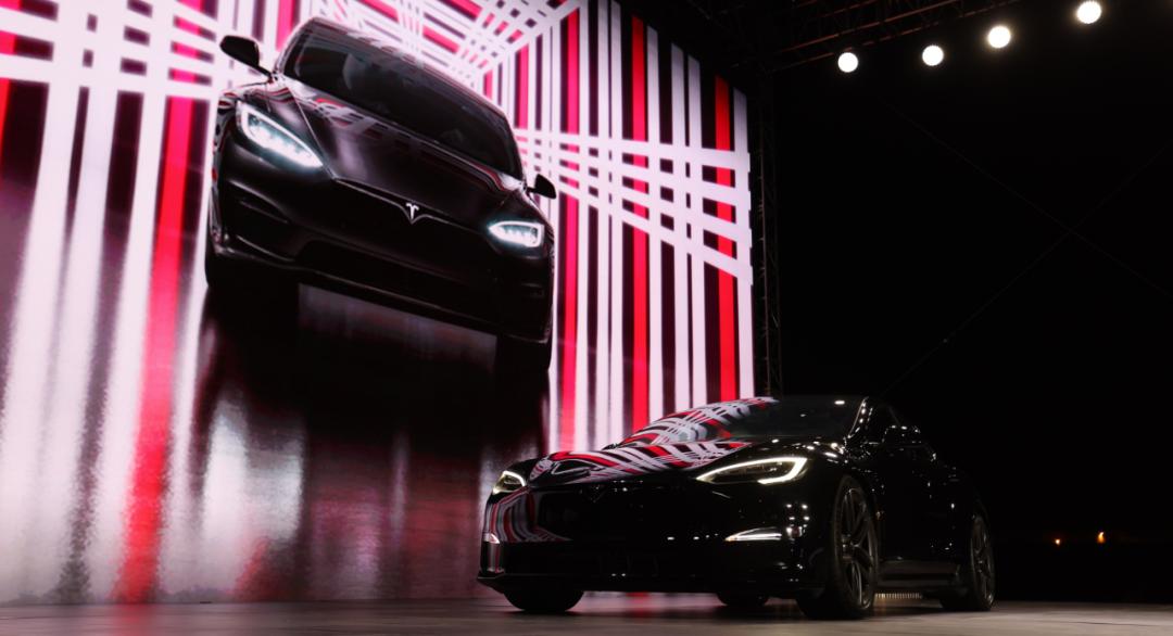 特斯拉新 Model S 发布:简单、极致和勇气