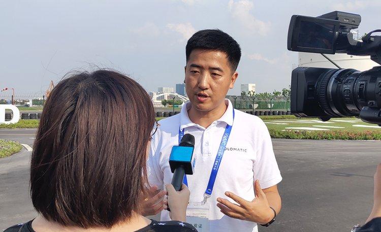 禾多科技CEO倪凯现场接受采访