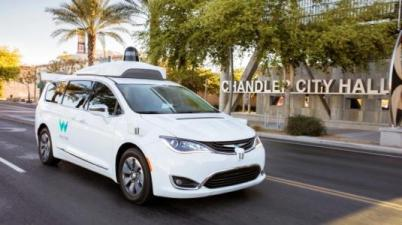 Waymo无人车在加州已接送6299名乘客