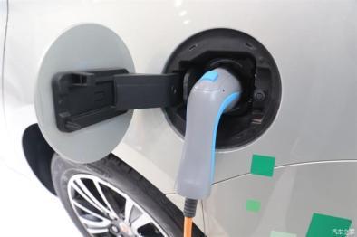 陈清泉:10年后人们会主动买新能源汽车