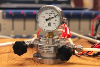 美国研发锂空气电池,或延长电动车续航