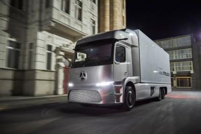 奔驰Urban eTruck纯电动概念卡车有望今年上路测试