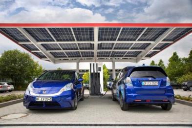 本田在德国投放快速充电站,可同时为4辆车充电