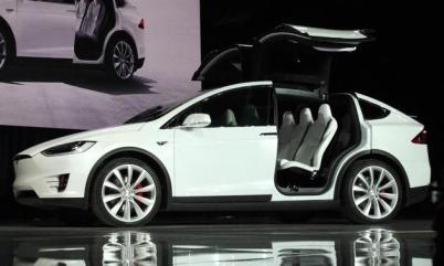 特斯拉召回2700辆Model X:后排座椅强度问题