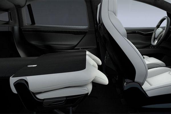 特斯拉Model X推五座版,第二排座椅可折叠