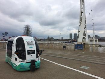 伦敦测试自动驾驶公交车,无方向盘无刹车