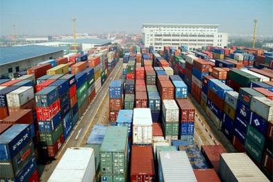 """一季度汽车出口猛增31%,中国汽车军团抢食""""一带一路"""""""