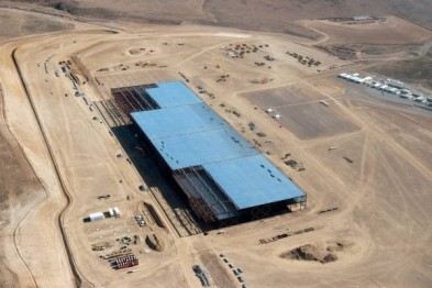 特斯拉再购2000英亩土地, 超级电池工厂用地增两倍