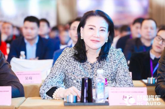北京五方天雅汽车服务园执行董事赵梦