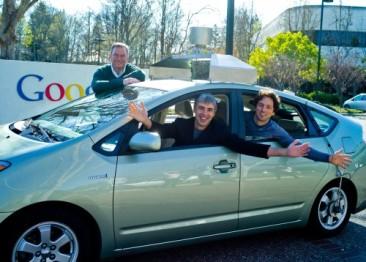 IT巨头抢食自动驾驶,汽车厂商如何应对?